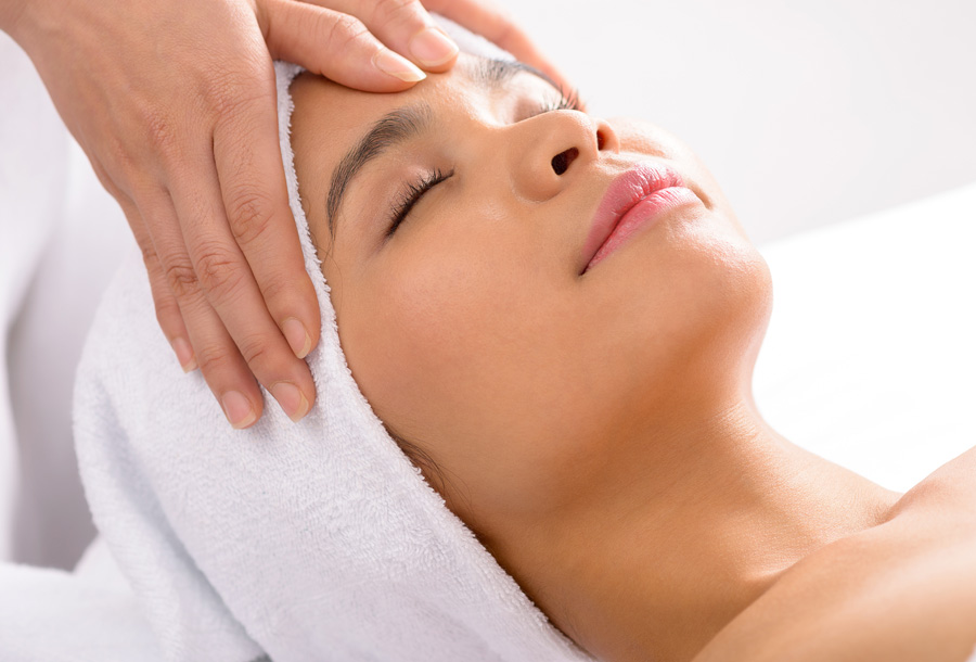 Relaxing Facial Massage at Sanctuary Spa