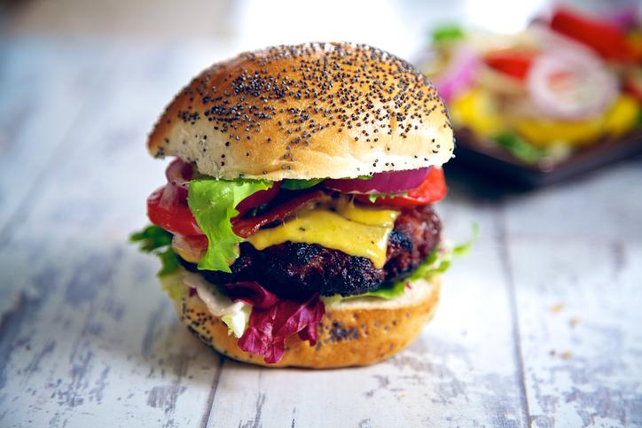 Wood Pellet Burger Grilling Tips & Burger Trends