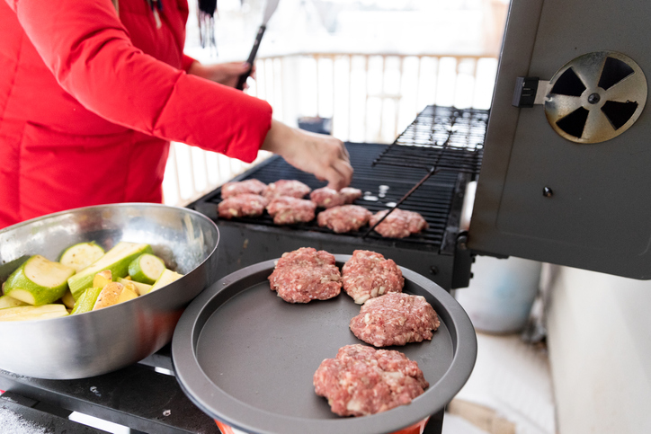 Give the grilling gift of the year: Bluetooth BBQ thermometers