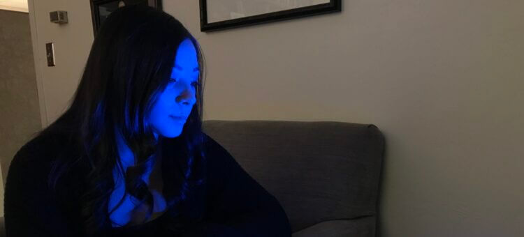 Study: Blue Light Could Help With Concussion Recovery
