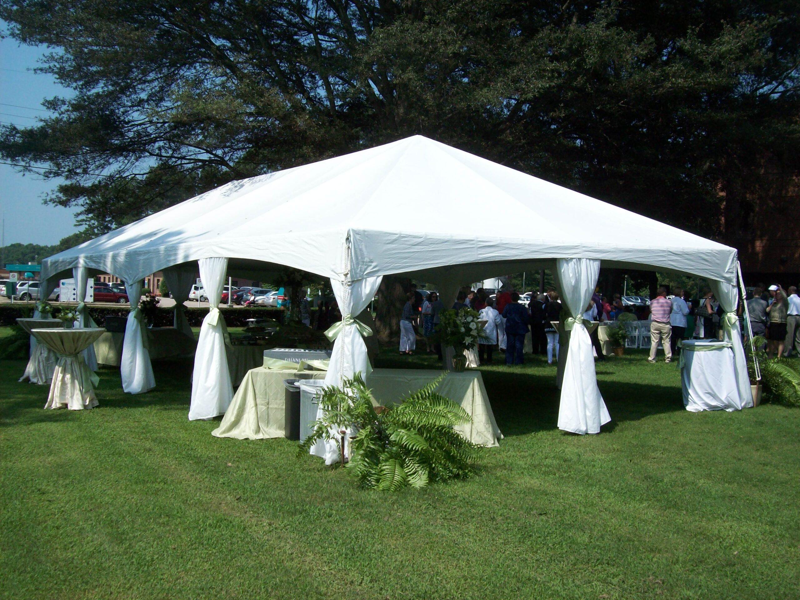 Classic Rentals - 20x40 Pole Tent