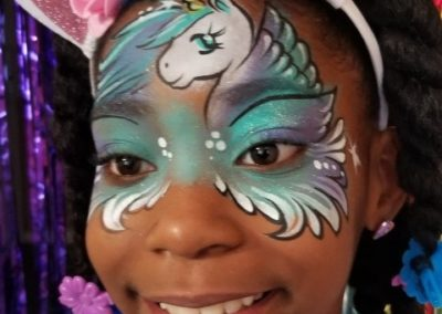 Family Entertainment - Bling it on Parties - Unicorn Face Paint