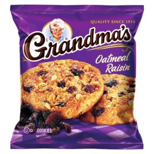 Grandma's Big Oatmeal Raisin