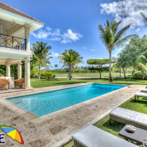 loscocos luxury villa