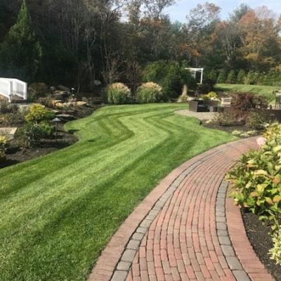 Mockingbird Restaurant and Function Hall Lawn Maintenance