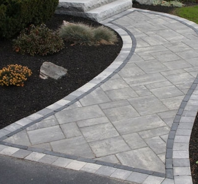 "Steel Mountain Beacon Hill Flag field, Basalt Copthorne interior border, Steel Mountain 6""x6"" exterior border"