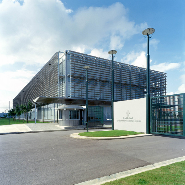 aclaworks-caribbean-architecture-commercial-office-design-020