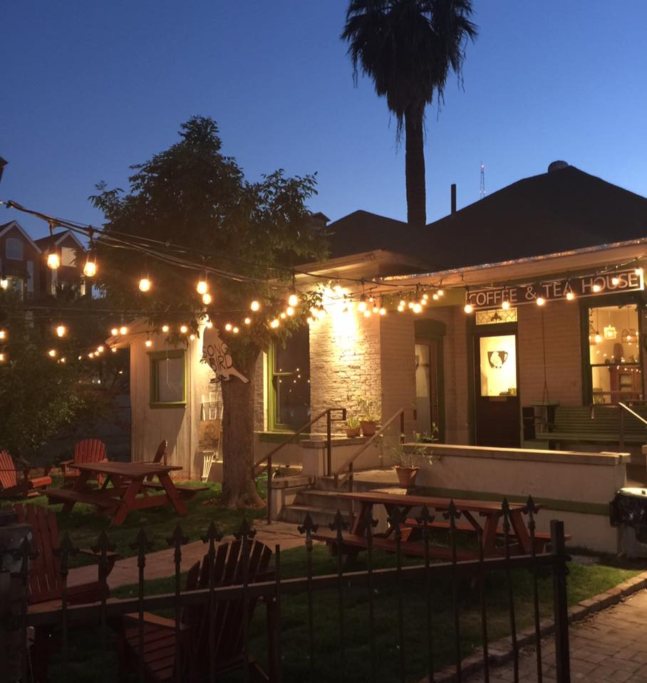 SOngbird offers a great meeting spot for phoenix real estate investors