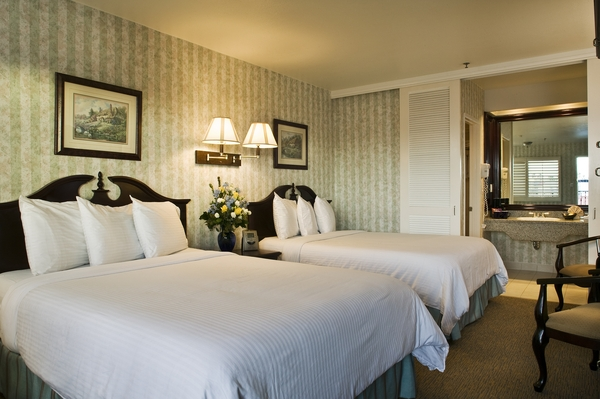 Carousel Inn and Suites Hotel in Anaheim - Double Room