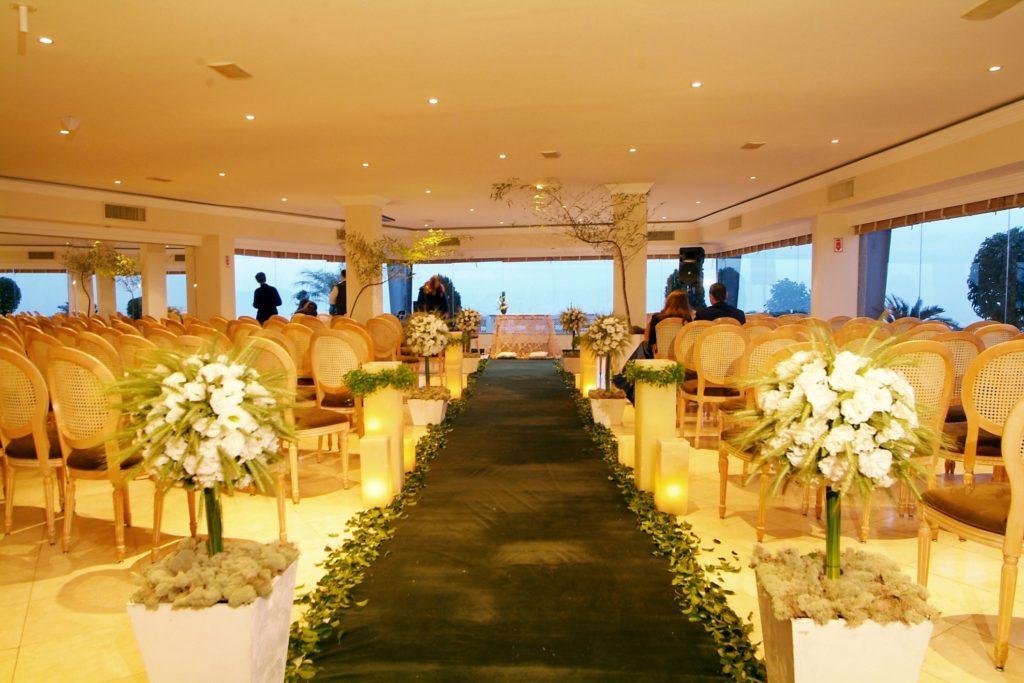 Adaptação de um dos salões do Terraço para uma cerimônia de casamento