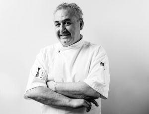 O chef italiano Vittorio Serritelli