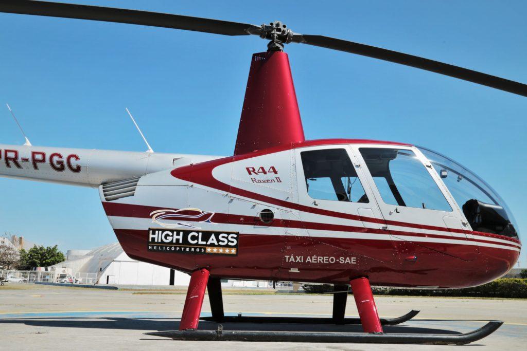 passeio de helicóptero