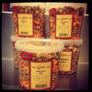 14oz Wi Mix Popcorn Guth's Candy