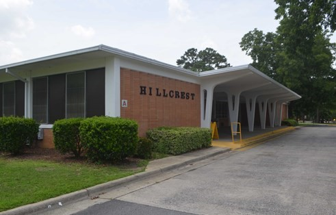 "Hillcrest Elementary – ""The LEAP School"" is a themed charter school with a core curriculum that is enhanced by LEAP = Leadership, Environmental Awareness and Public Service.  Grades Pre-K to 4.  http://hes.dcs.irish/"
