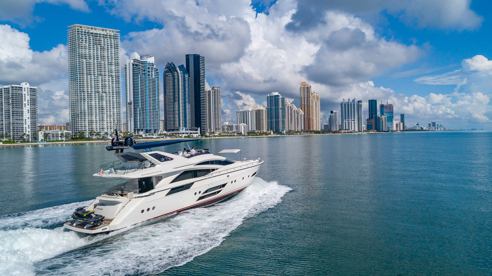 Yachts 60-100 ft