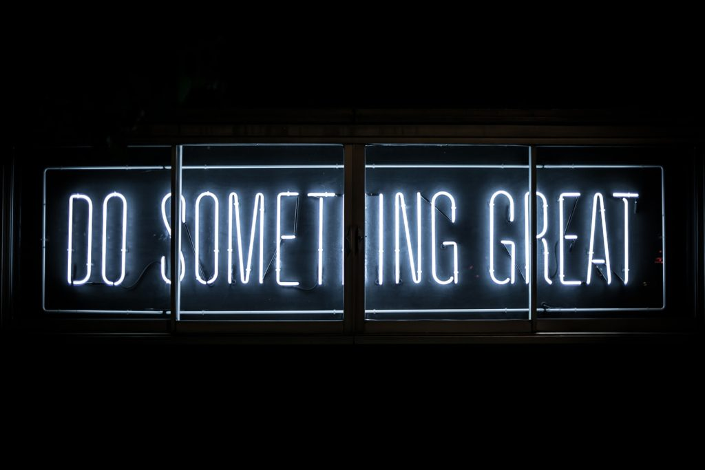 Neon sign: Do something great with these free digital marketing tools for content creation