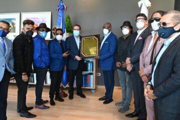 Destacados artistas de RD reconocen labor del Ministro de Turismo