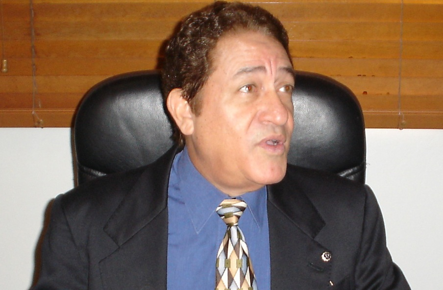 Dr. Abraham Abukarma Cabrera