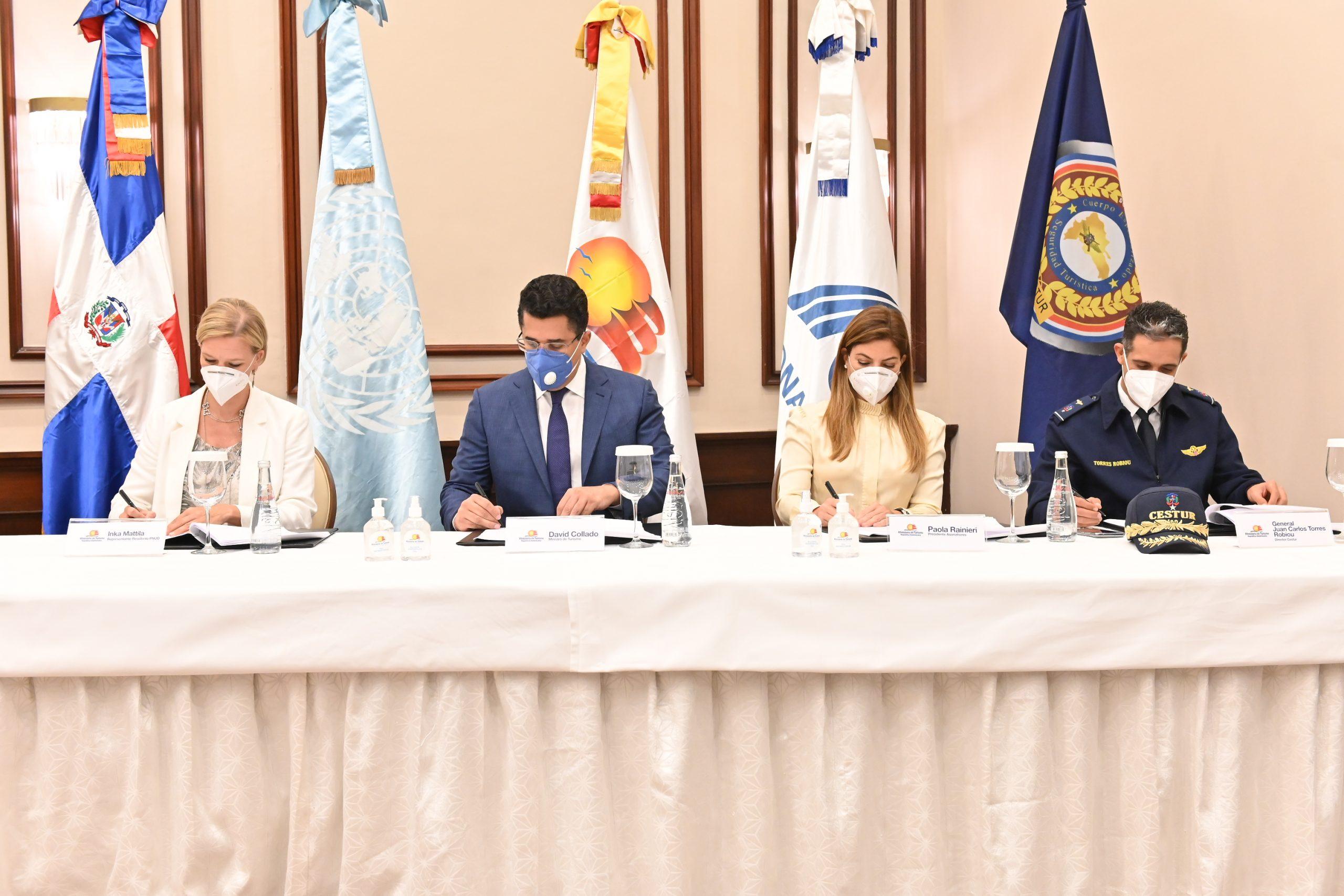 Acuerdo Ministerio de Turismo PNUD ASONAHORES DNCD y CESTUR  scaled