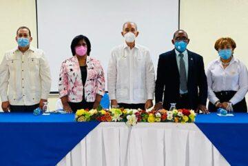 Presidente Luis Abinader dispone ayuda para 1,000 estudiantes de Neyba