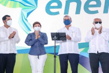 Presidente Abinader realiza encendido unidades convertidas a gas natural