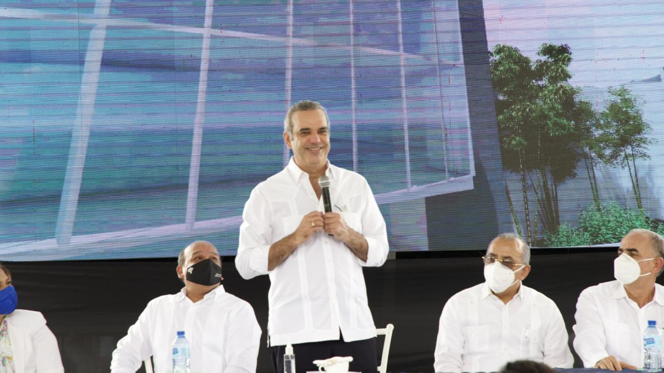 """Presidente Abinader: """"La salud en República Dominicana va a cambiar"""""""