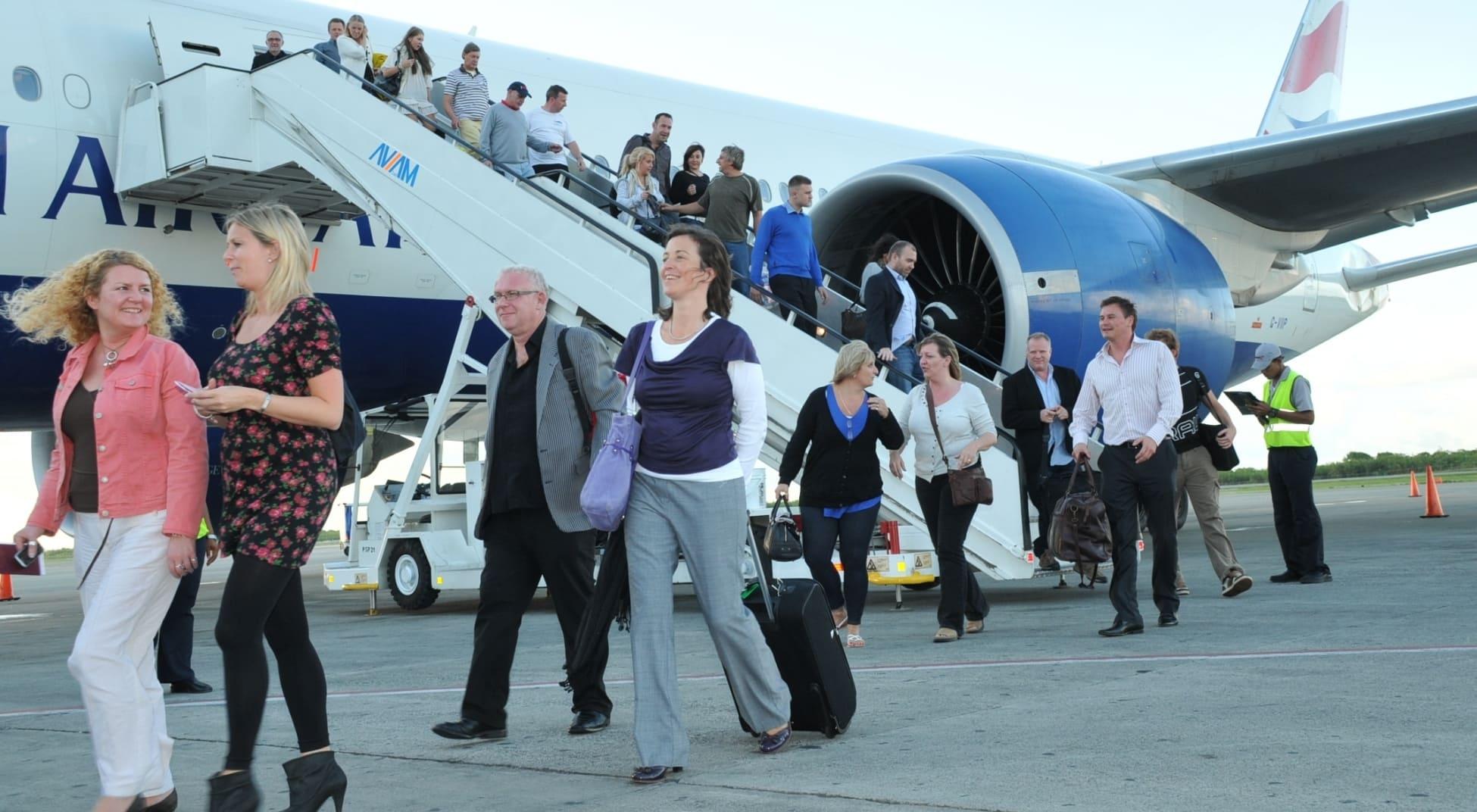 Turismo de RD continúa su recuperación en octubre reporta el Banco Central