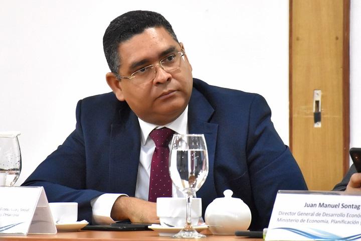 Estudio revela que el costo del cumplimiento impositivo es mayor para las pequeñas empresas en el Gran Santo Domingo