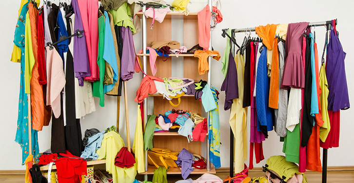 7 Key Questions to End Closet Clutter Chaos