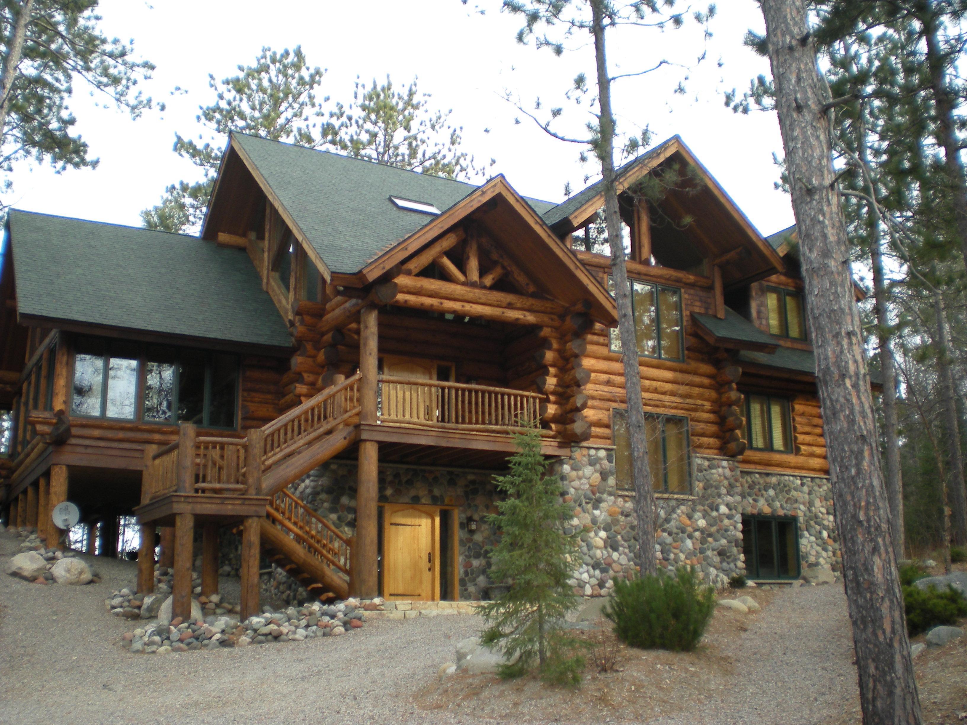 Log home, Cedar