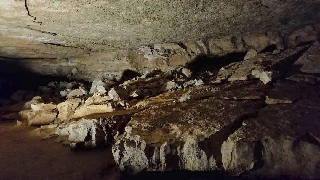 Mammoth Cave Interior Caves