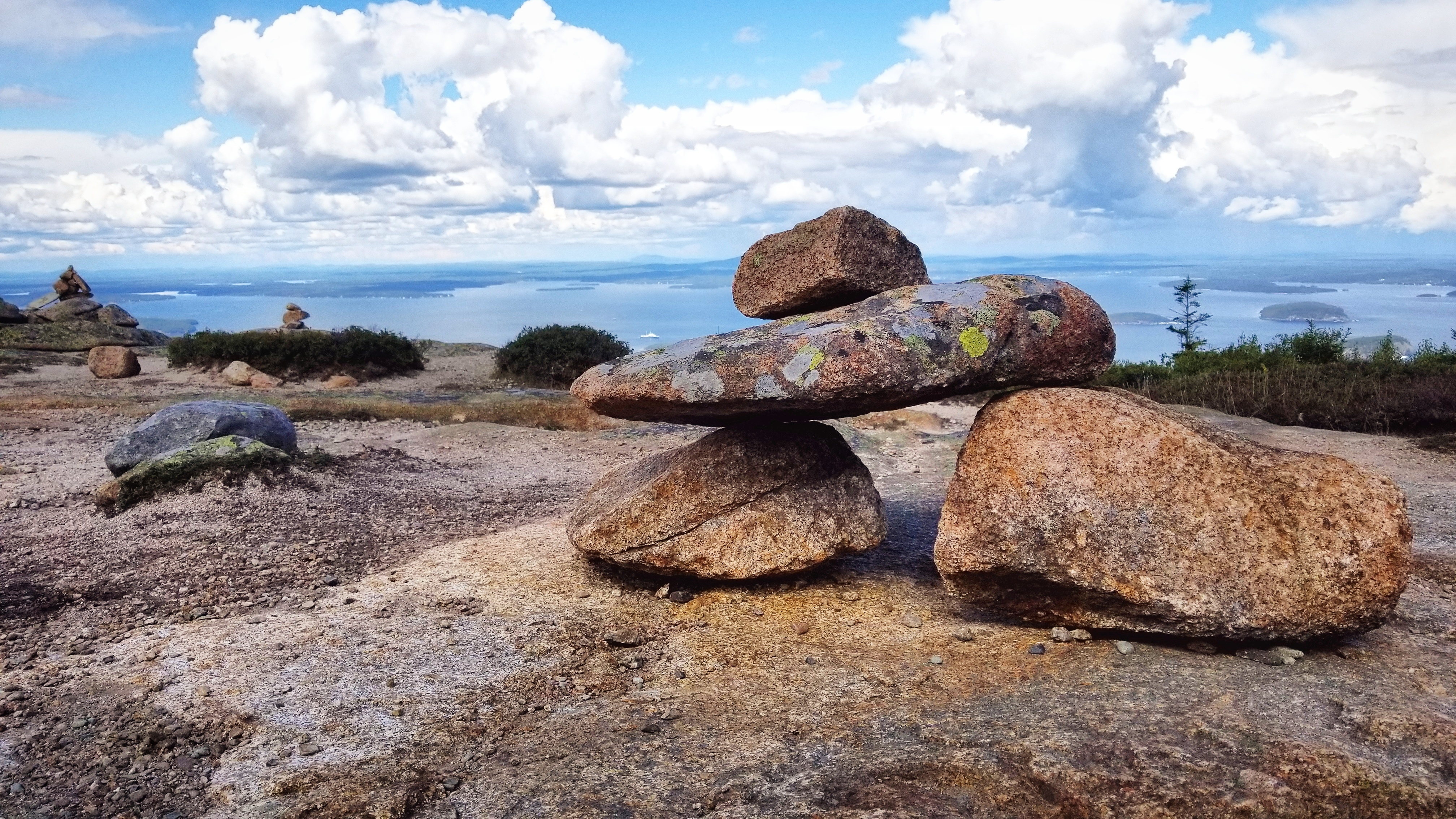 Cairn trail markers