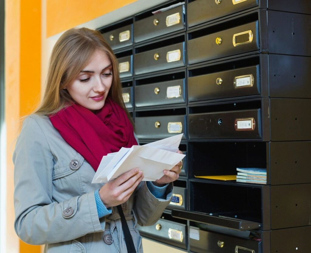 healthcare direct mail advertising services