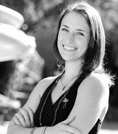 Kate Ainsworth : Yoga Instructor