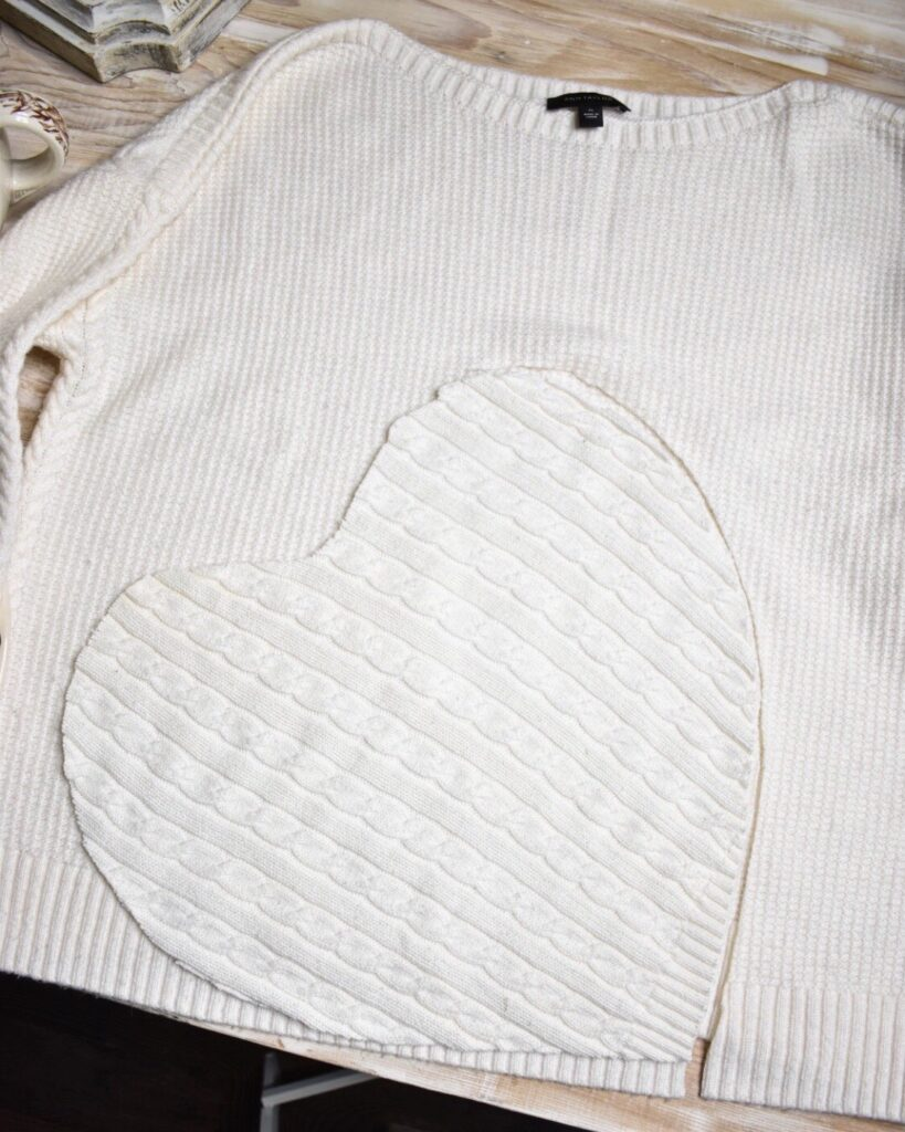 heart shaped sweater placemat