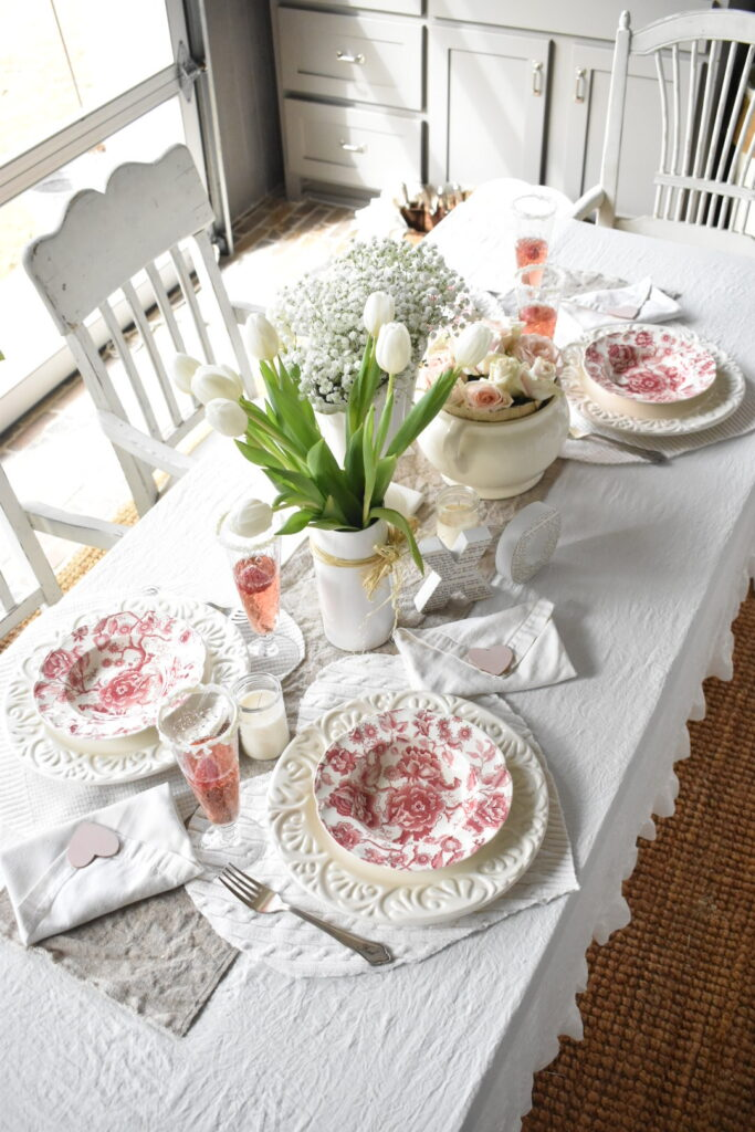Galentine's Day Tablescape