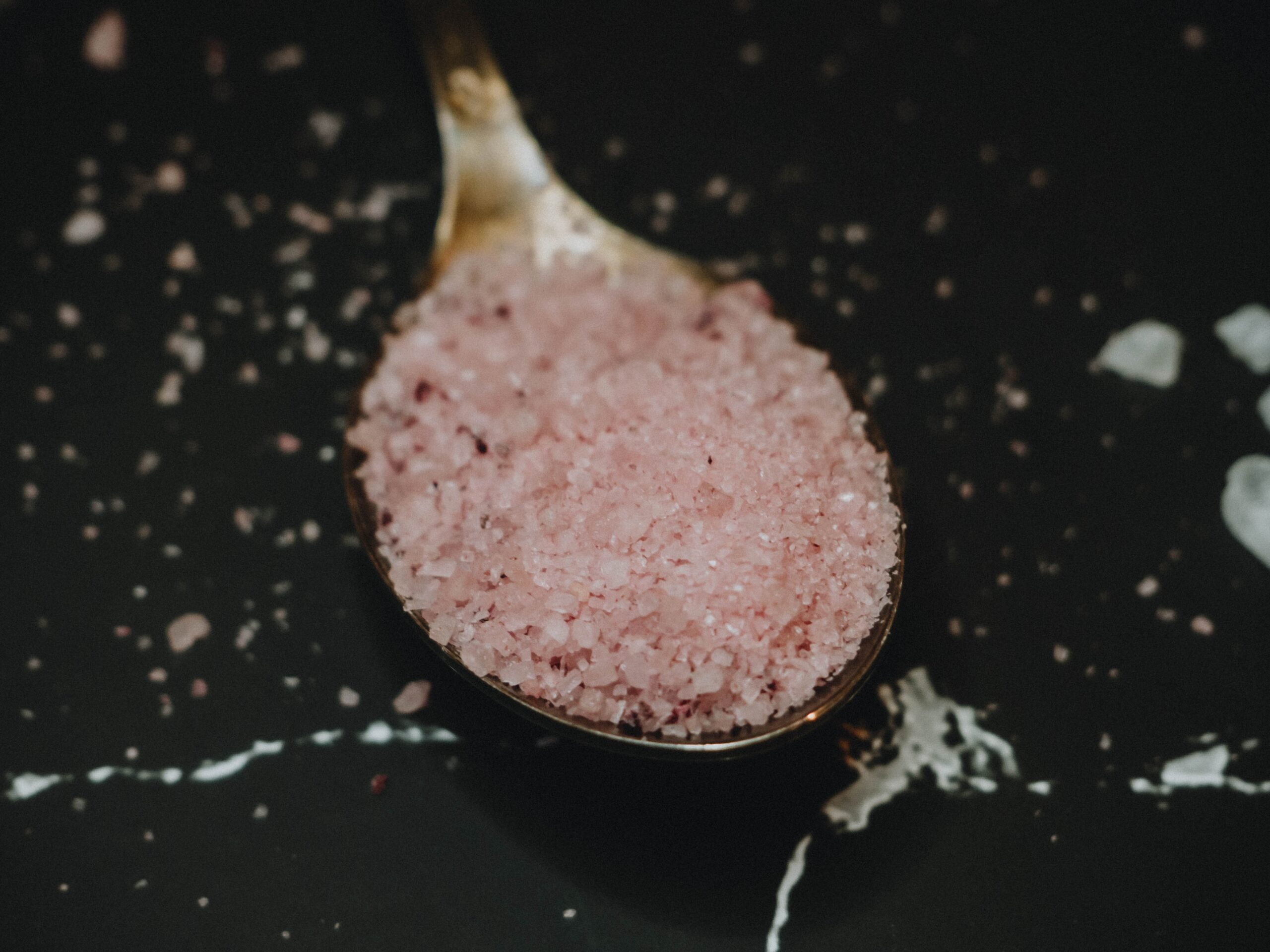 benefits of black salt