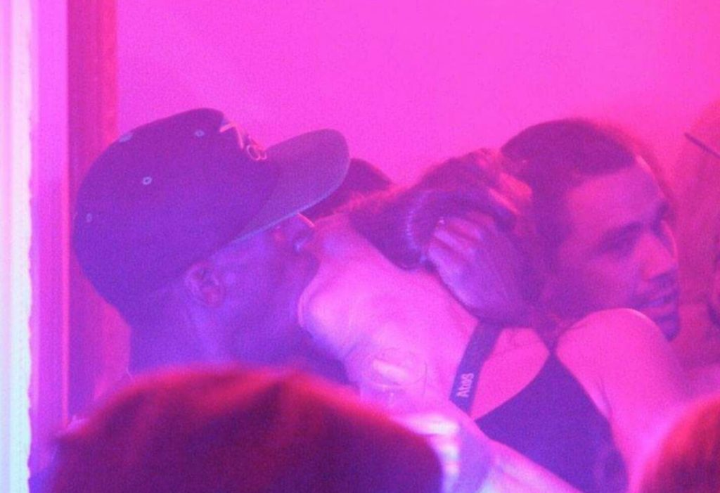 Usain kiss brazilian