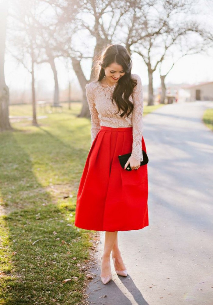 White-Red-Outfits-For-Women-2-700x1050