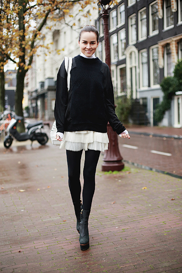 500x750-tights-skirt-1-_zps09319d0c