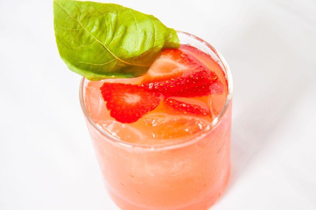 StrawberryFields_CraftCocktail_HappyHour_SantaMonica