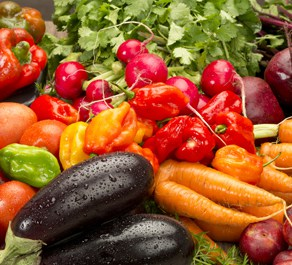 Red and green vegetables are number 3 on out list of the top 5 foods good for skin
