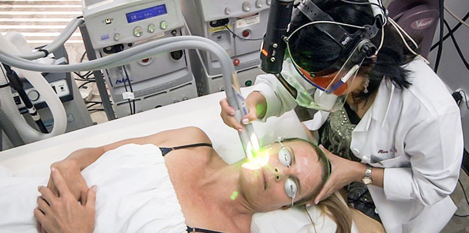 Color blending is one of the laser treatments included in the SpectraLift™ Non-Surgical Facelift
