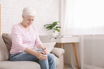 What Happens If You Skip Physical Therapy After Knee Surgery?