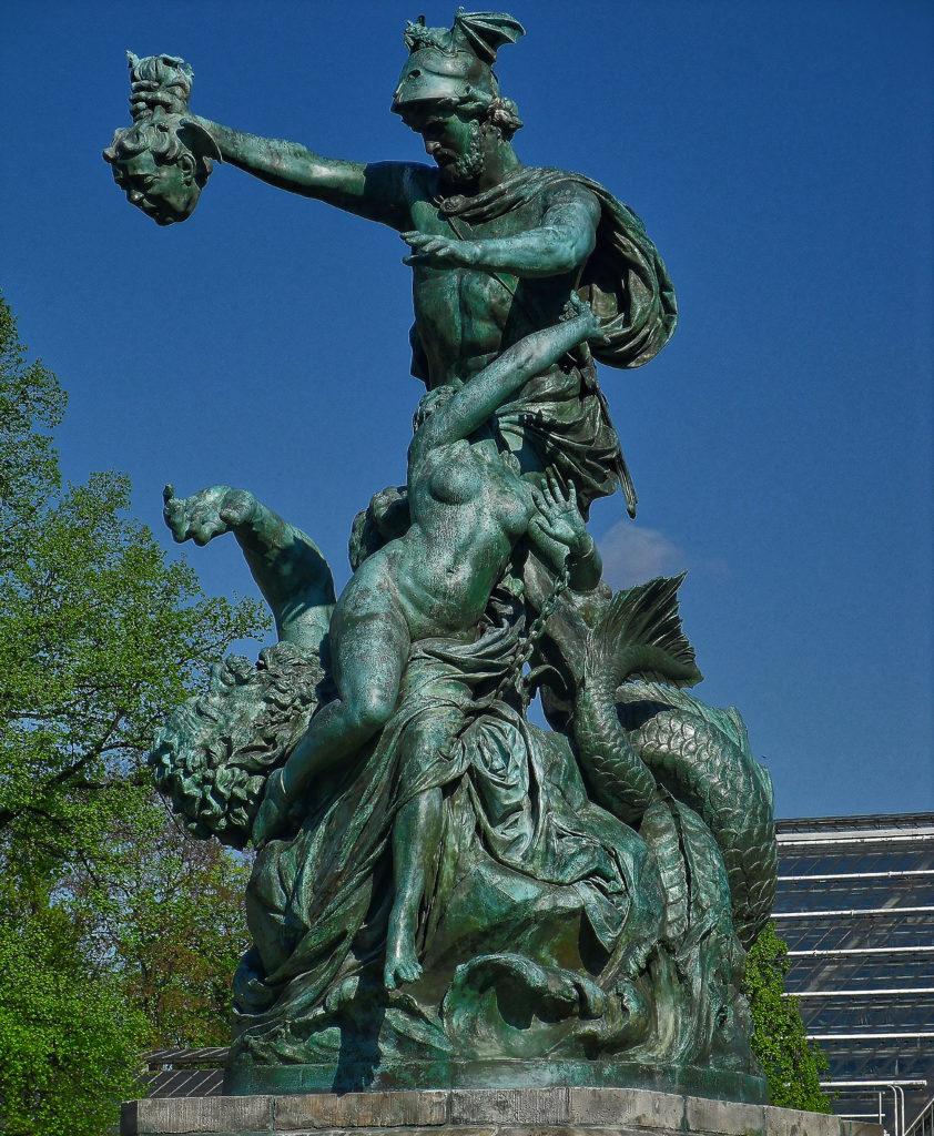 Johannes Pfuhl - bildhauer - Perseus befreit Andromeda ( Perseus liberates Andromeda ), Posen heute im Wilson-Park in Posen Genregruppe Bronze 1882
