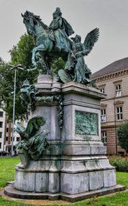 Karl Janssen - Kaiser Wilhelm I Denkmal, in Düsseldorf Stadtmitte, von Osten, inaugurated on 18 October 1896