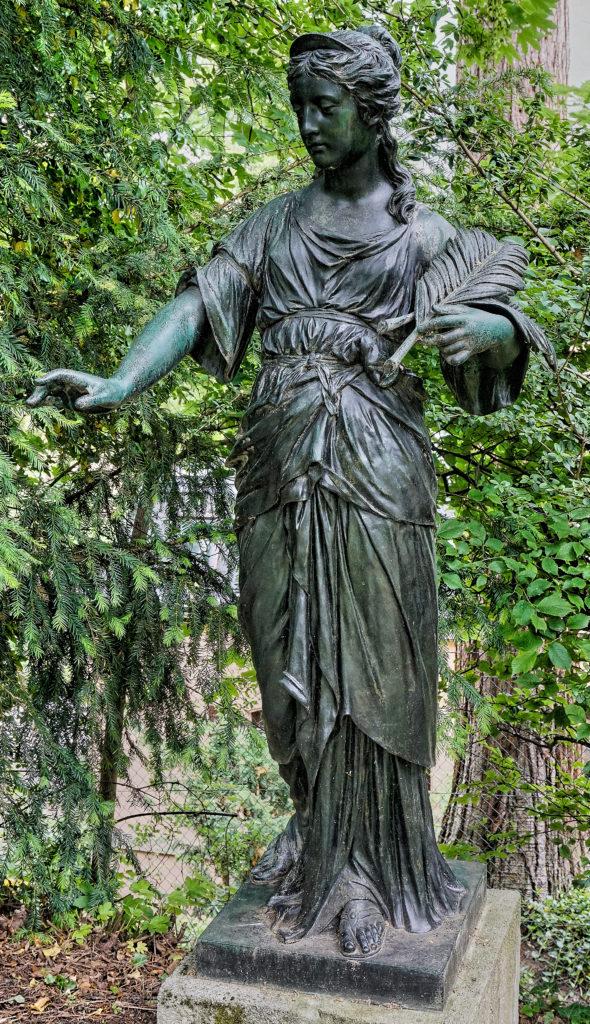 Jakob Ungerer, sculptor - Municipal lapidary Stuttgart, inventory number 313 Tomb angel of an unknown grave, bronze 1893 Jakob Ungerer - model Prague cemetery
