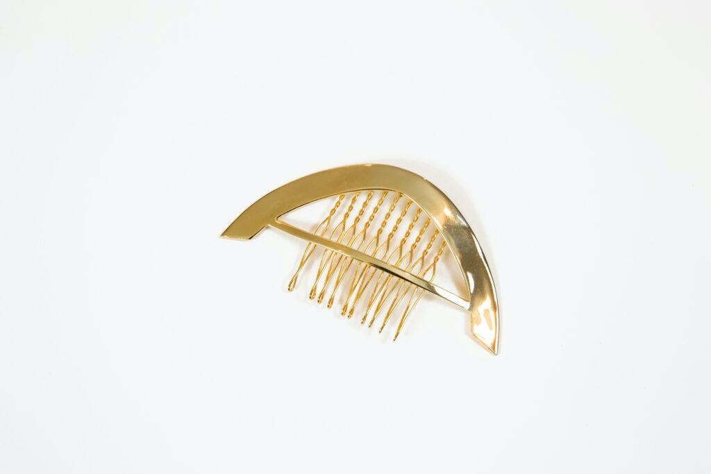 Bronwen Comb