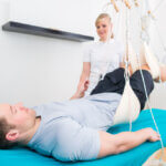 Three benefits of treating joint pain with physical therapy Redcord