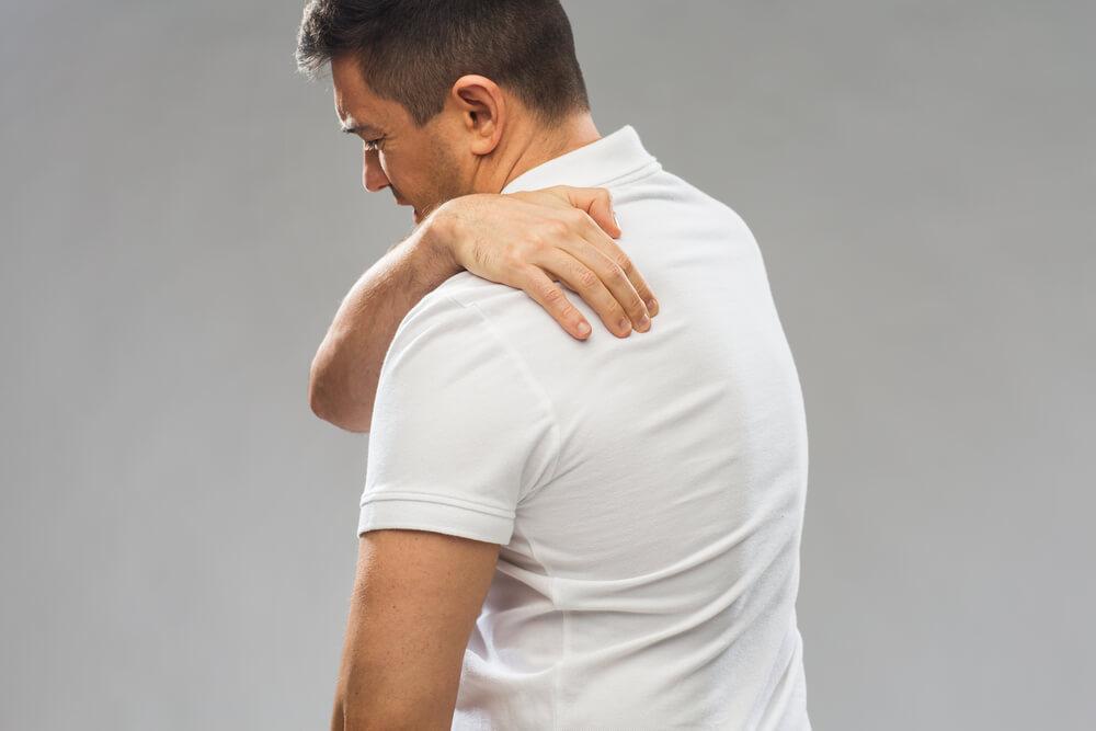 pain in shoulder blade area